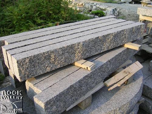 Curbing : Canadian Granite Sawn Bed Curbing
